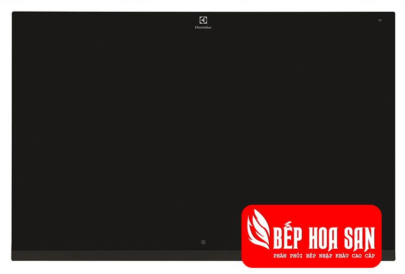Hình ảnh bcủa bếp từ Electrolux EHED63CS với màu đen tuyền khi tắt bếp