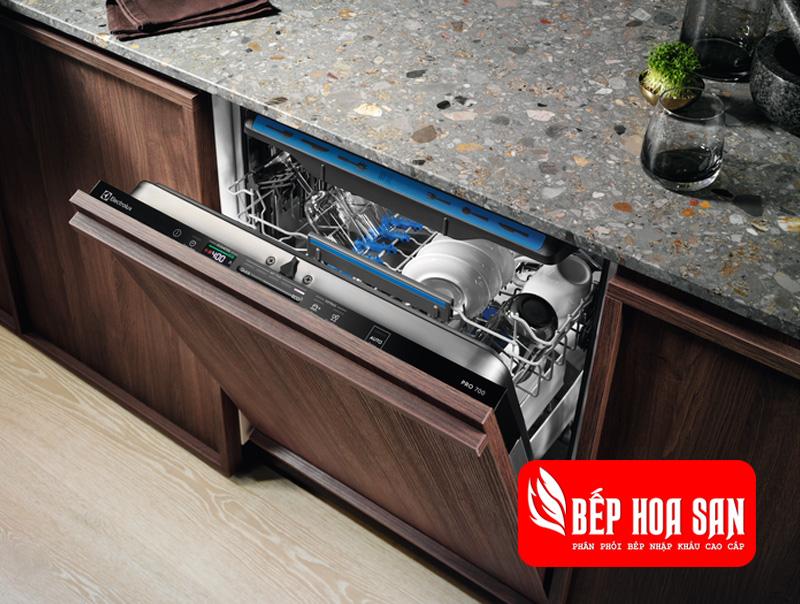 Hình ảnh máy rửa chén Electrolux EEM48300L
